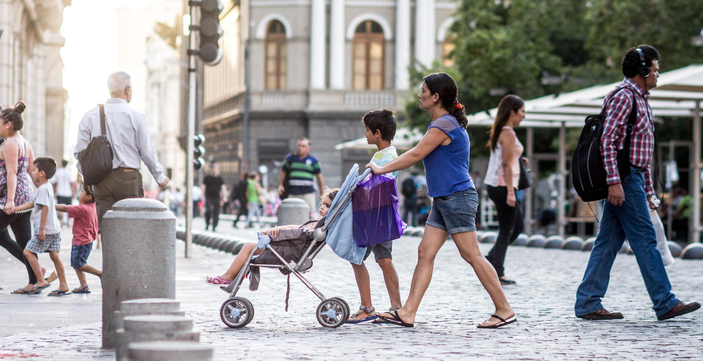 Pemenang tahun 2017,  Santiago, Chile, sukses meningkatkan infrastruktur sepeda dan pejalan kaki di pusat kota hingga area metropplitan. Photo Credit: Claudio Olivares Medina